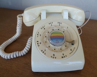 Bell System Vintage Cream Rotary Dial Telephone