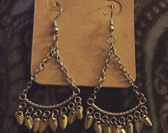 Dangle Earrings with Gold Leaves