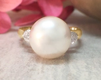 8MM Pearl and Diamond <Prong> Solid 14K Yellow Gold (14KY) Estate Ring *Fine Jewelry* (Free Shipping)