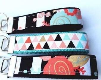 Key Fob Wristlet/Black and White Stripes/Floral/Triangles/Keychain Wristlet/Key Fob Keychain/Fabric Key Fob/Teacher Gift/Keychain for Women