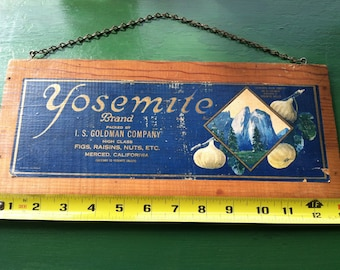 Yosemite brand fruit crate side panel wall hanging cathedral rock