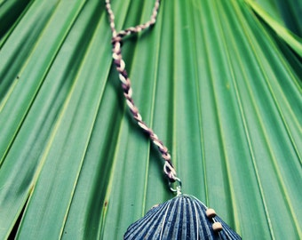 Bahia Wire Wrapped Clam Shell with Wooden Accent Beads