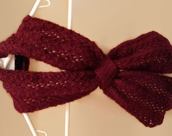 Burgundy Lace Keyhole Scarf - Gift for her/ mom/ sister/ friend