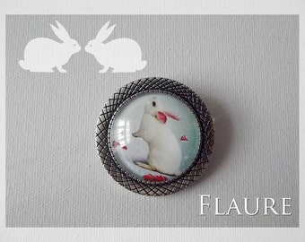 A round pin '' a rabbit in winter ''
