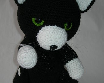 Cat Green Eyes Crochet Amigurumi
