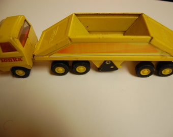 TONKA-Mini Dump Hauler- Vintage - 9 Inches in length-Free S/H