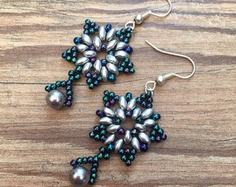 STOCK CLEARANCE Beaded snow flake earrings