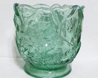Rare Vintage Fenton Glass Sea Mist Green Opalescent Water Lily Vase
