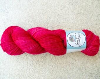 Hand Dyed 100% Merino Superwash Worsted/Heavy DK Weight Yarn - 115 grams - 230m/251yards - Raspberry semisolid
