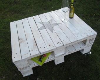 "Range table ""Star"" * coffee table * Paettenmöbel"