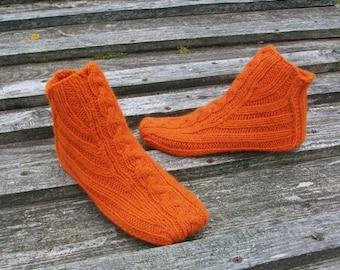Hand knitted socks for Women