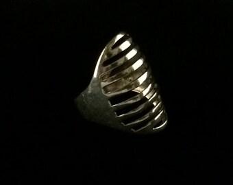 Vintage Sterling Silver .925 Modernist Ring size 6.75