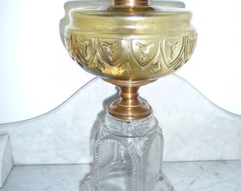 Antique amber and clear glass oil lamp – Catherine Thuro book - USA c. 1880