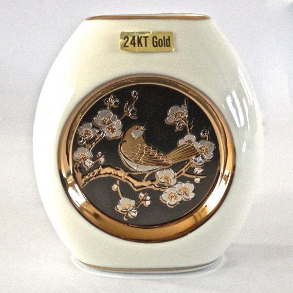 Collectible 24 KT Gold Trim Chokin Art Vase