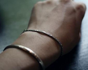 lettering skinny bar bracelet,  personalized sterling silver bracelet, skinny bar chain bracelet, handstamped silver chain bracelet