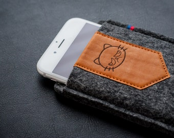 iPhone Felt Case