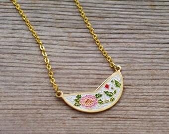 Floral Bib Necklace, Pink Red Flowers, Vintage Enamel Pendant, Boho Necklace, Layering Necklace, Minimalist Necklace