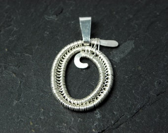 Letter O Pendant Initiale for Women in Sterling Silver