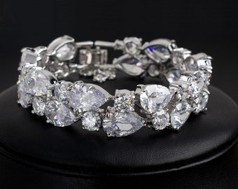 Crystal Bracelet, Cubic Zirconia Bracelet, Silver  Crystal Wedding Bracelet Bride Bracelet Wedding Jewelry Bridal Cuff Bracelet