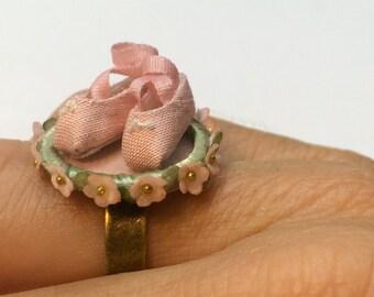 """Handmade ring """" Esencia de Ballet """""""