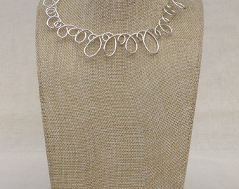Silver Loop Necklace.   Wire Necklace