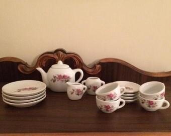 16 Piece Vintage Rose Pattern Child's Toy China Tea Set