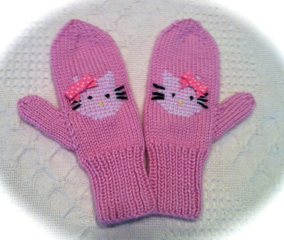 Hello Kitty Mittens Knitting Pattern : Hello Kitty Mittens for kids / Made to order by Stitchesbymolly