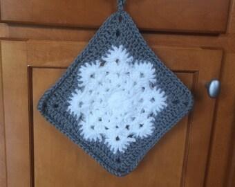 Snowflake potholder