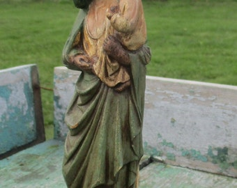 """Small Vintage Resin Figurine Virgin Mary with Child Madonna statuette 7.87"""""""