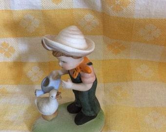 Vintage Little Girl Figurine/Vintage Figurines/Vintage Figurines from Taiwan