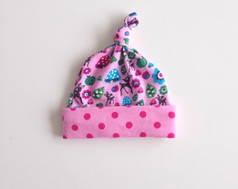 Preemie baby knotted hat. Knot hat. Beanie. Pink jersey fabric with woodland animals and polka dots . Newborn. Ready to ship