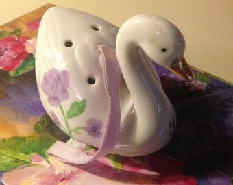 Swan Potpourri Vintage Retro Ceramic Porcelain  Made in Japan
