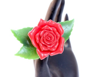 Red rose brooch. Red and green celluloid by Cruver of Chicago. 1940s vintage jewellery