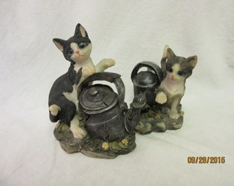 Cat figurine Kitten Pets Tabby Black White Kittens set of 2
