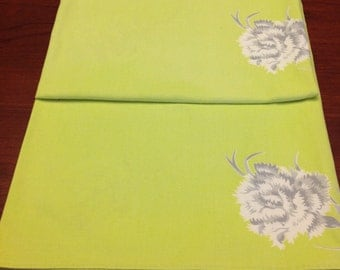 Wilendur lime green tablecloth