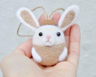 needle felted rabbit ornament, needle felted bunny figurine, needle felted animal, amigurumi bunny, amigurumi animal, amigurumi rabbit