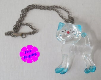 Vintage 1970's Large Pretentious Cat Pendant Necklace RETRO CHIC
