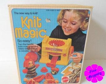 Vintage 1974 Mattel™ KNIT MAGIC Machine Kit - Mattel No. 7830 - COMPLETE