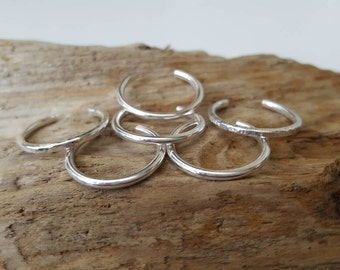 Sterling silver Toe ring (one) - Plain, dimple hammered or line hammered or frosted
