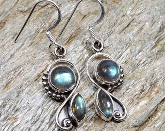 Labradorite Gemstone, Labradorite Earring, 925 Sterling Silver Earring, Designer Earring, Dangle Earring, Perfect Gift For Her, Gifts