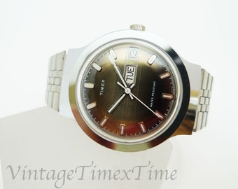 Timex Marlin Men's Retro Watch 1978 Silver/Grey Dial With Day & Date Window Manual Wind Movement