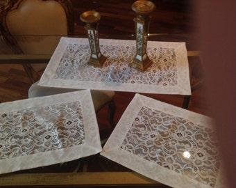 chantilly lace doilies//casa dolce casa tris