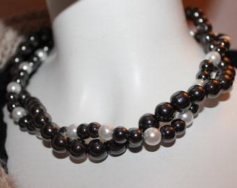 Grey Pearl Grey, chain Bead Necklace, grey necklace beads, grey Pearl necklace, necklace from grey Pearl
