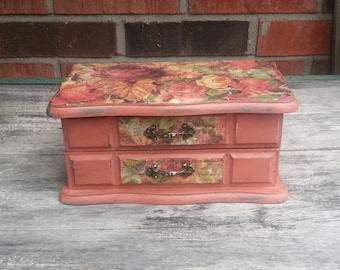 Shabby Cottage Jewelry Box