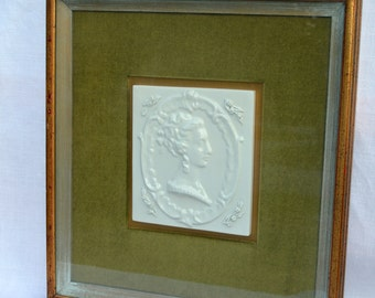 grand tour framed sillouette intaglio fine lady tile impression on green velvet framed
