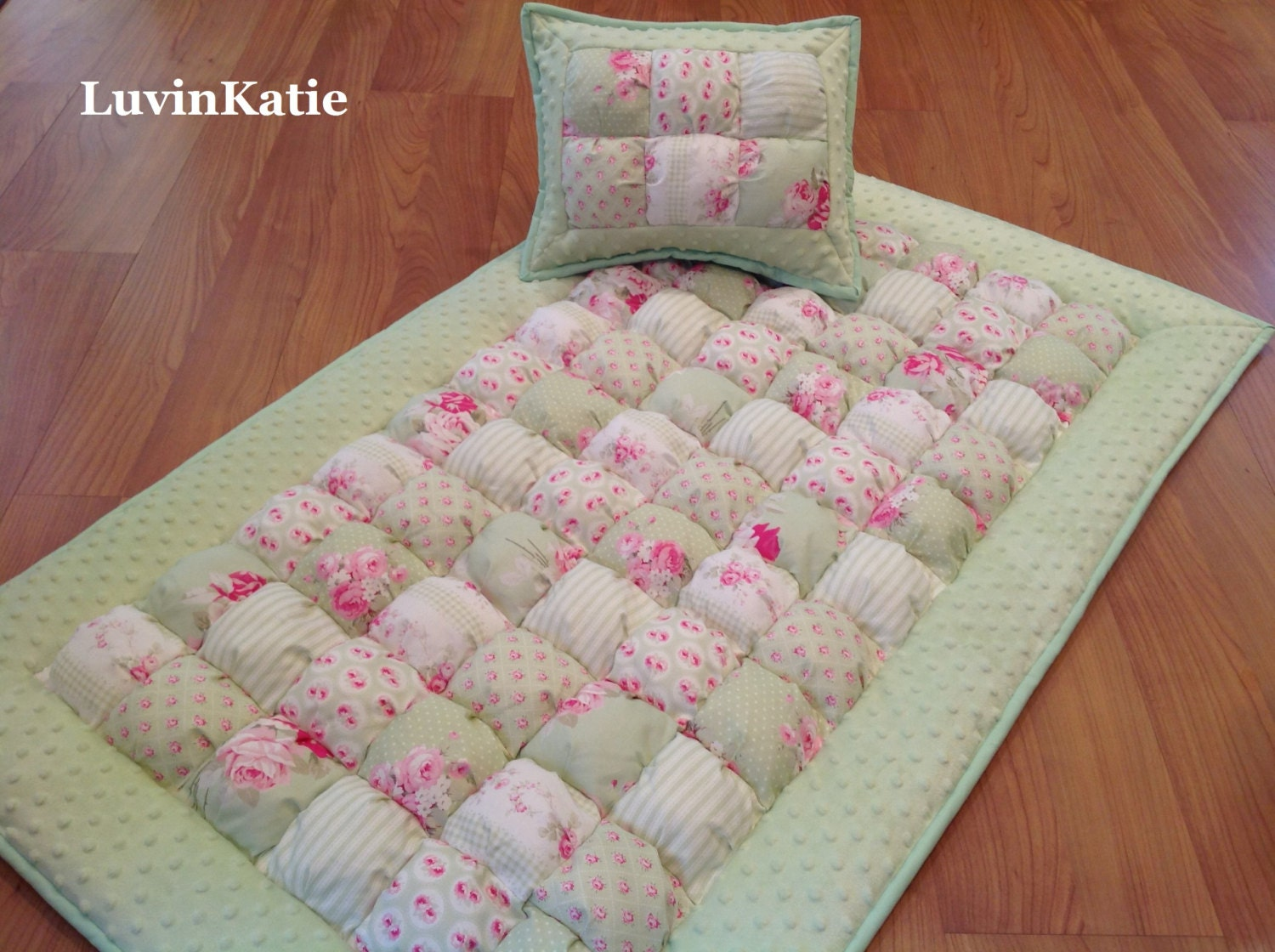 Baby bubble quilt puff quilt crib size bedding set for baby for Floor quilt for babies