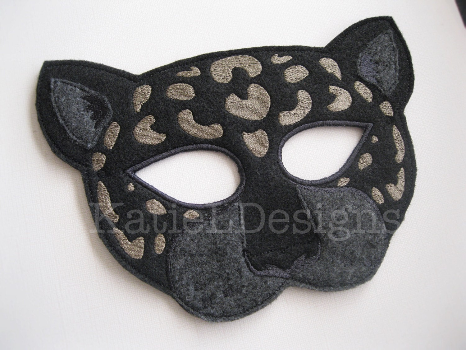 ITH Jaguar Mask Machine Embroidery Design Pattern Download 5x7 ...