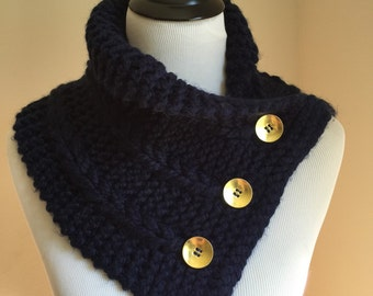 The 3 braids Knitted cowl, neck warmer with buttons. Available in different colors.