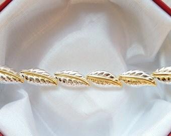 Elegantes Armband im Blattdesign !
