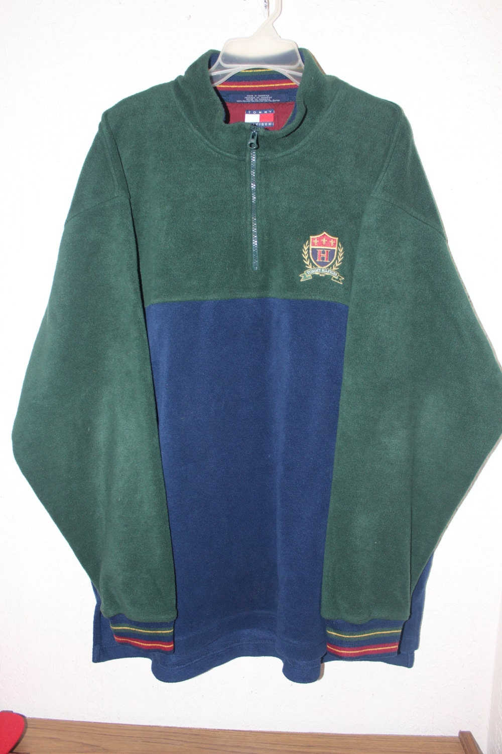 vintage 90 39 s tommy hilfiger fleece sweater size xxl by. Black Bedroom Furniture Sets. Home Design Ideas
